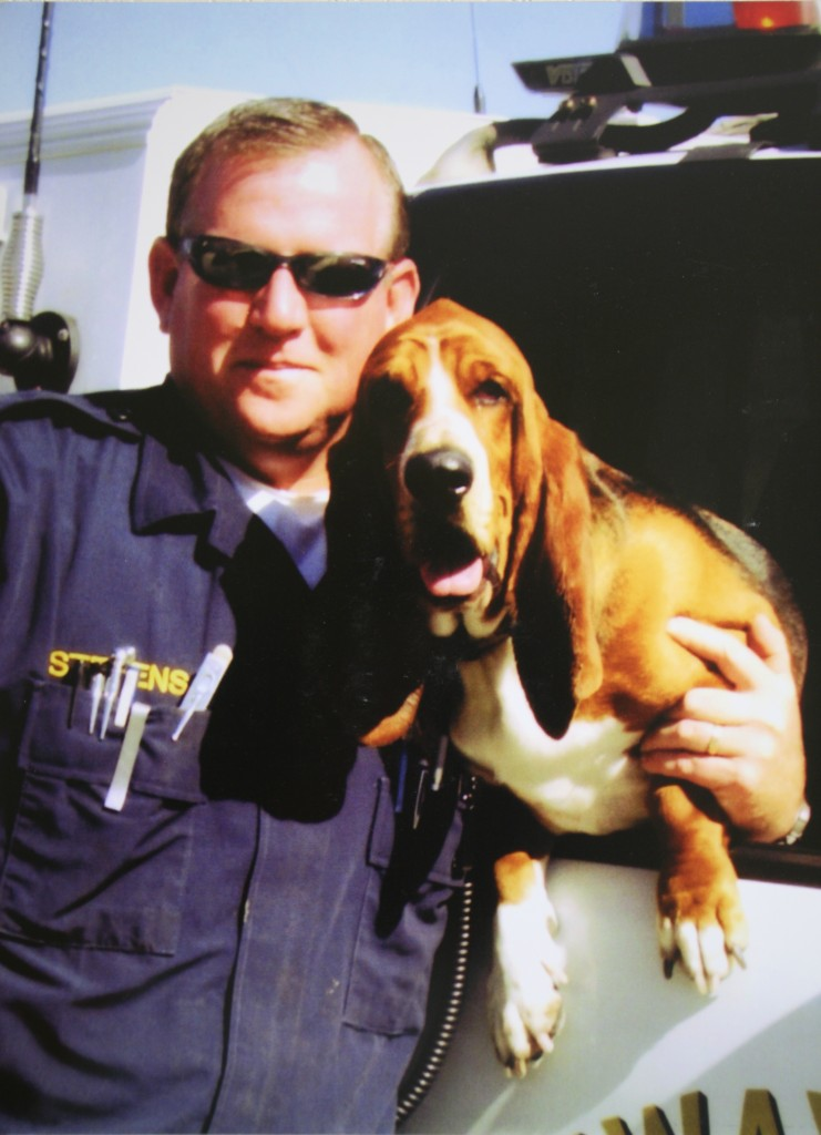 Officer Andy Stevens with his dog