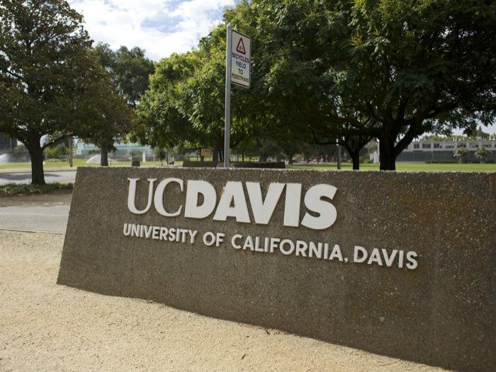 UC Davis Sign